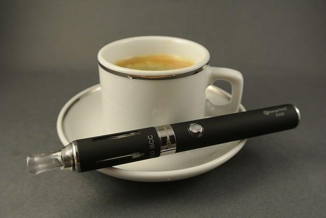 La nicotine et la cafeine sont des poisons dangereux